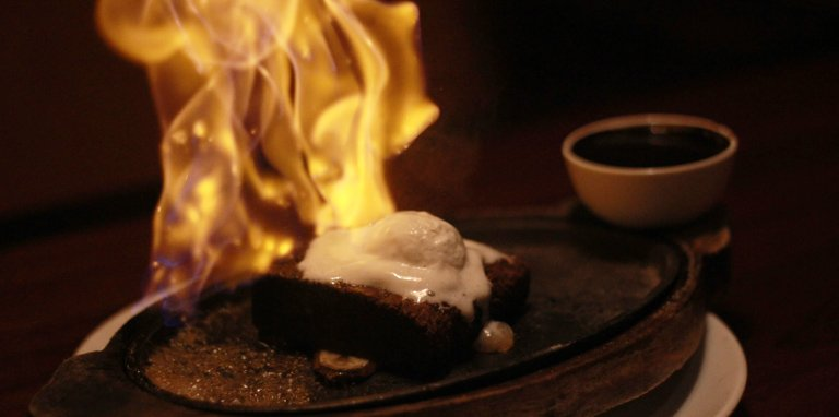 Sizzling Brownie -Effingut